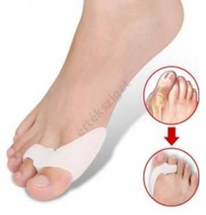 szarvak a lábujjak között