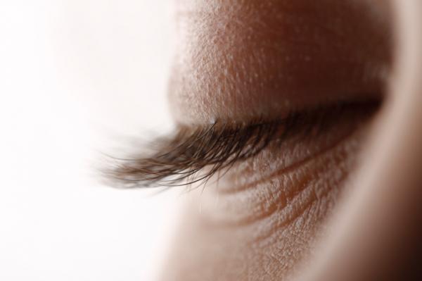Amikor a papilloma megjelenik a szemhéjban és hogyan lehet megszabadulni róla
